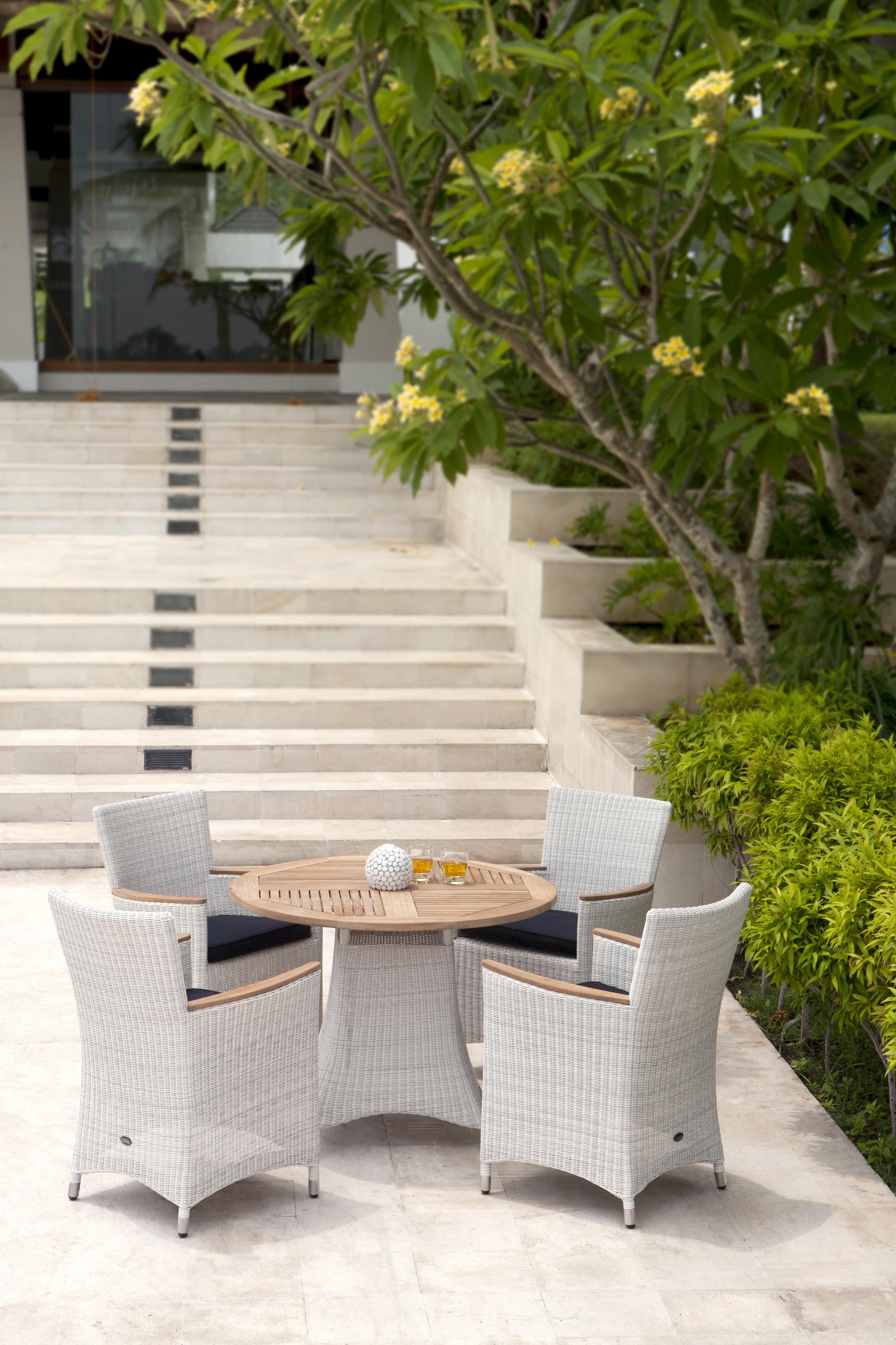 zebra loomus tisch silkwhite rund 100 cm talaso gartenm bel outlet online shop. Black Bedroom Furniture Sets. Home Design Ideas
